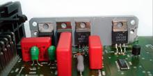 Calculador de inyección. Detalle transistores de potencia