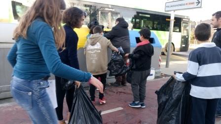 Litter Less Campaign_Reciclado de los Residuos 26