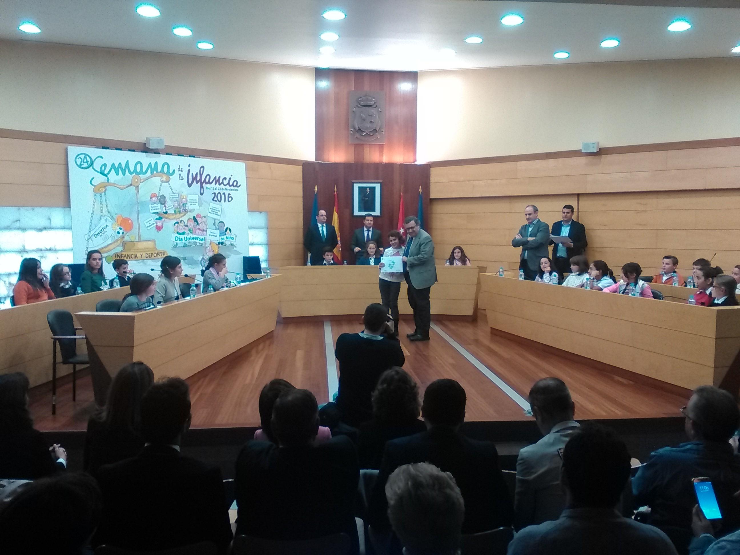2016_11_21_Pleno Infantil en el Ayuntamiento de Las Rozas_Sexto 3