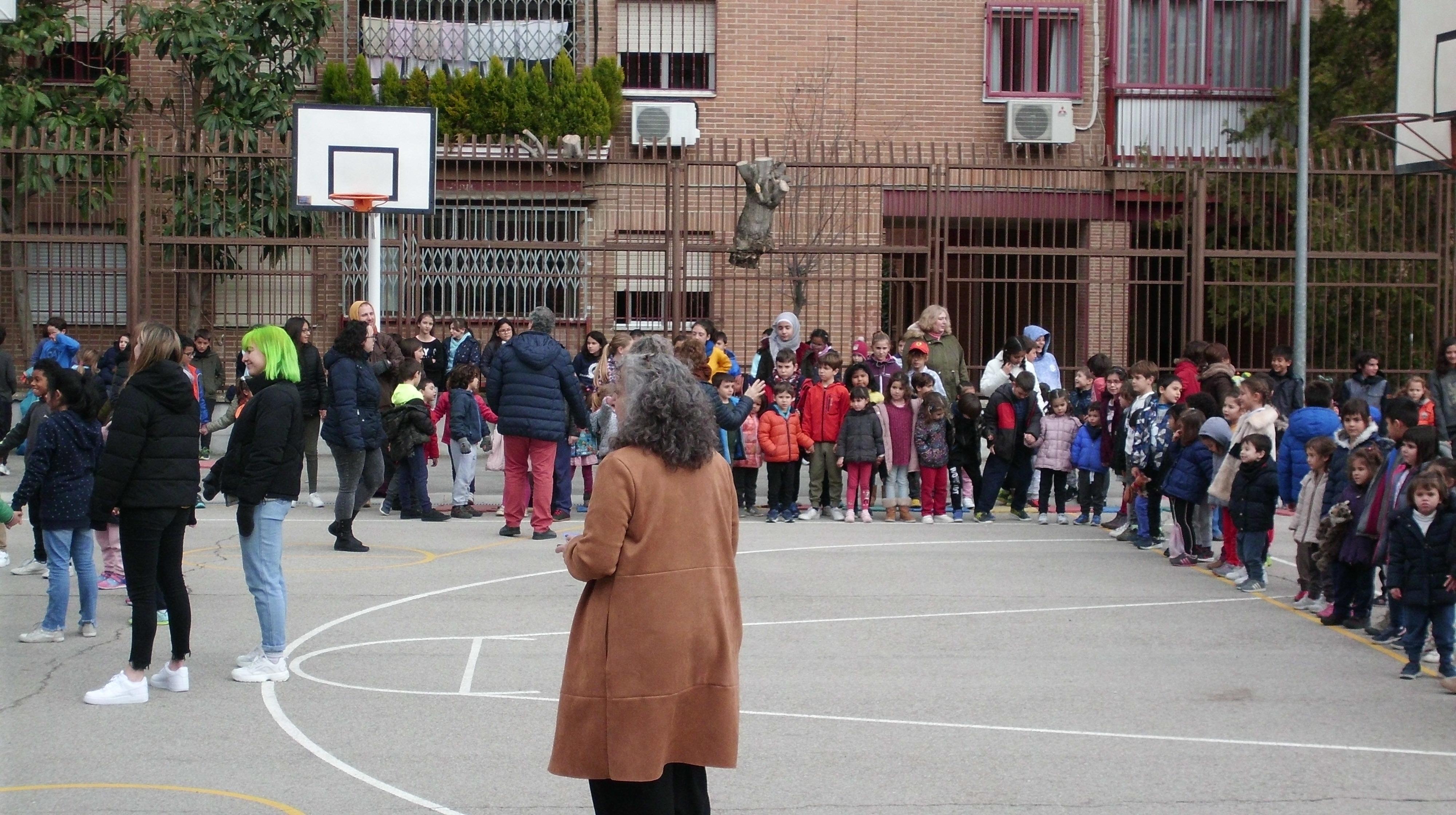 "HOSTOS: "" ESCUELA ESPACIO DE PAZ"" 5"