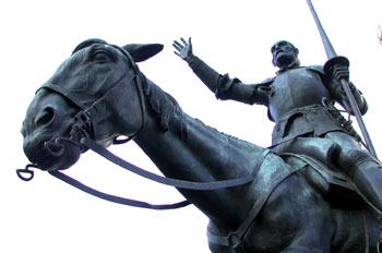 Monumento a Don Quijote de la Mancha, Plaza de España en Madrid