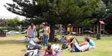 Día en el parque, Australia