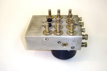 ABS Bosch 5. Detalle del bloque hidráulico