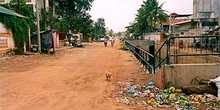 Calles suburbiales en Phnom Penh, Camboya
