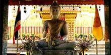 Buda de metal en Doi Suthep, Chiang Mai, Tailandia