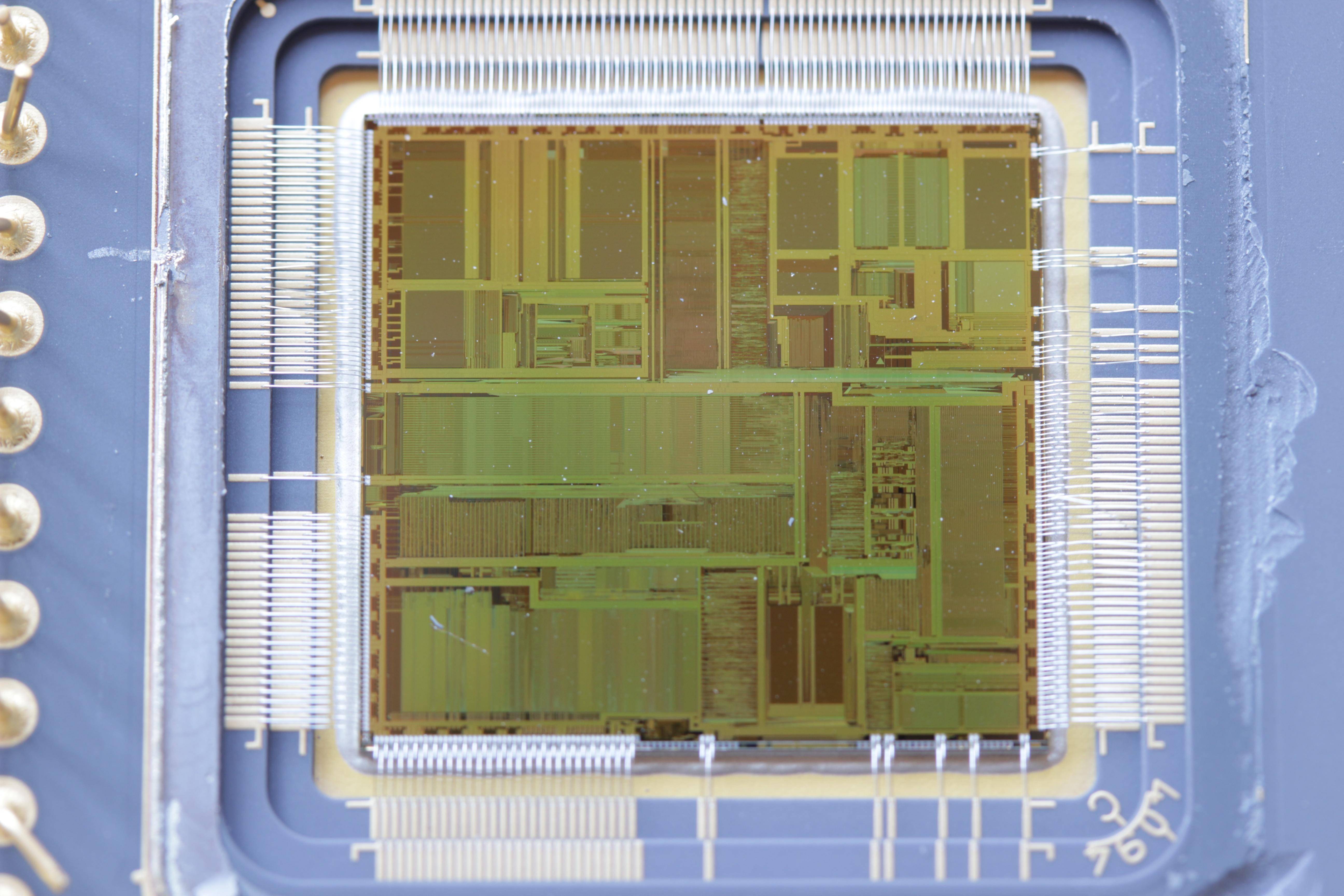 Oblea de un microprocesador Pentium