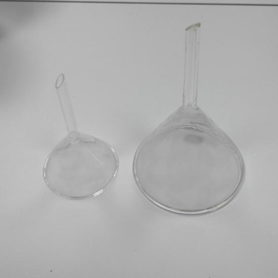 Embudos de vidrio