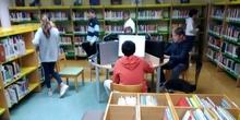 2019_04_04_Quinto visita la Biblioteca de Las Rozas_CEIP FDLR_Las Rozas 3