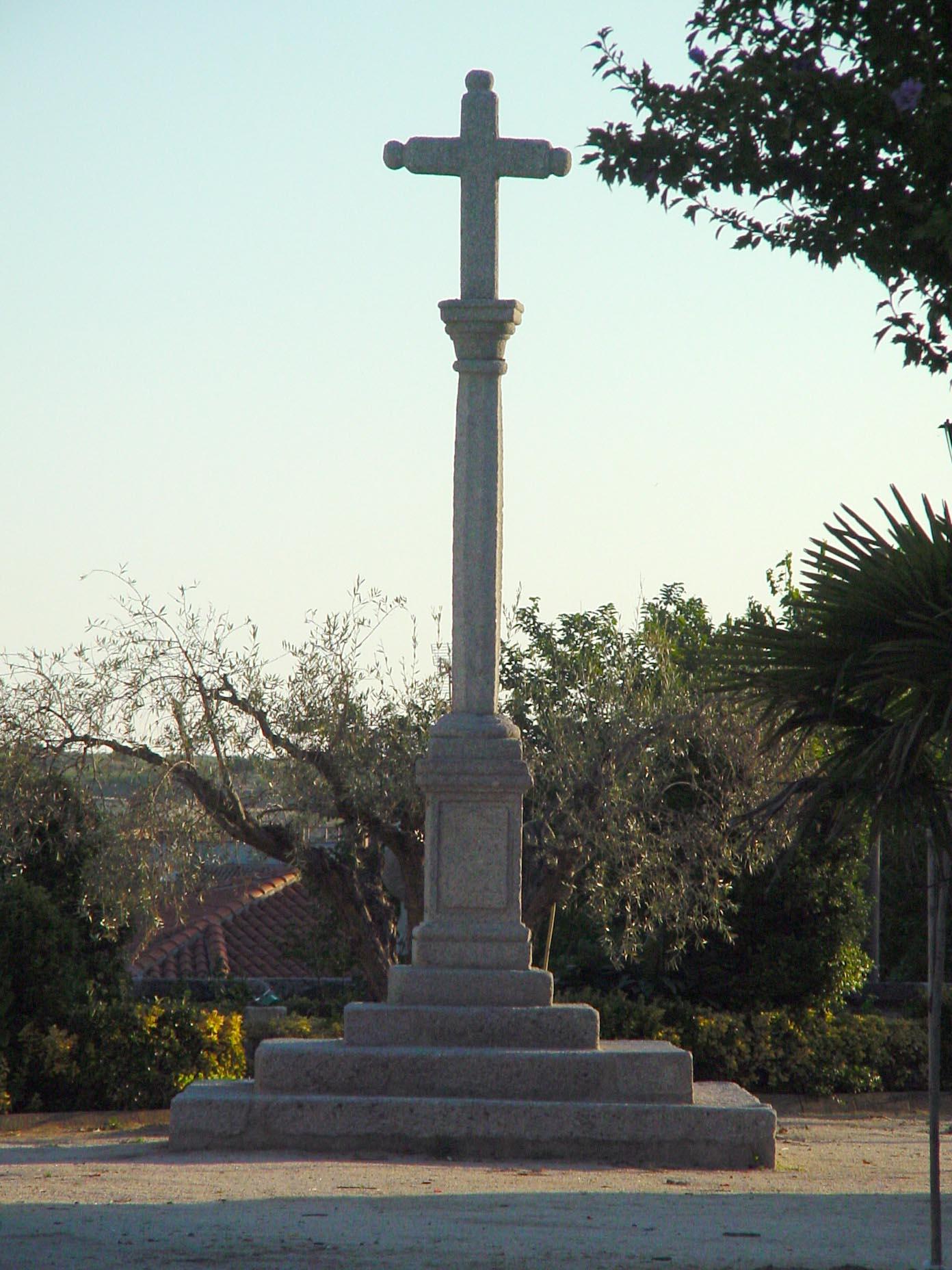 Cruz en Villamanta