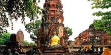 Avenida de templos, Ayutthaya, Tailandia