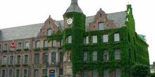 Casa principal con enredaderas en Dusseldorf, Alemania