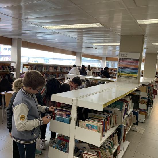 20191108_Visita a la biblioteca Gloria Fuertes_3