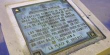 Placa en la estatua ecuestre de Felipe IV, Madrid