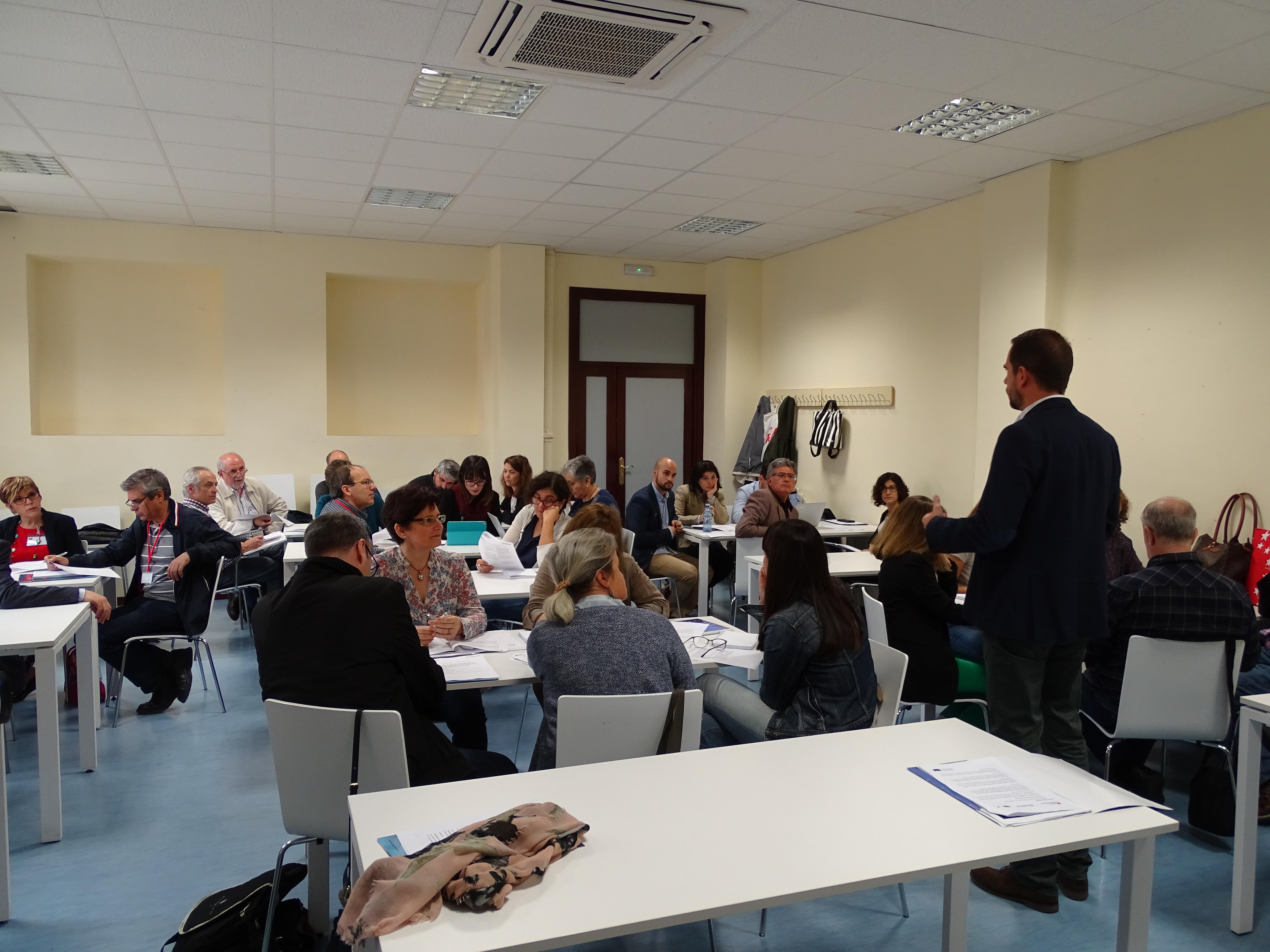 Nuevas metodologías para la enseñanza de Europa: ¡Esto no va de tratados! 9 Junio CTIF Madrid-Capital Taller 1 3
