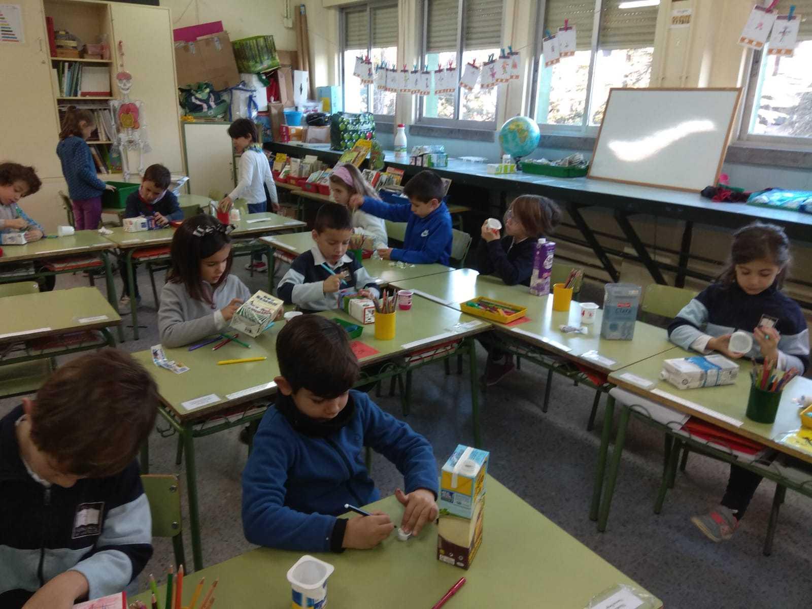 2019_01_Los alumnos de 1ºC construyen sus propios juguetes_CEIP FDLR_Las Rozas 2