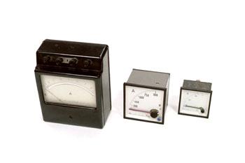 Amperímetro analógico de laboratorio