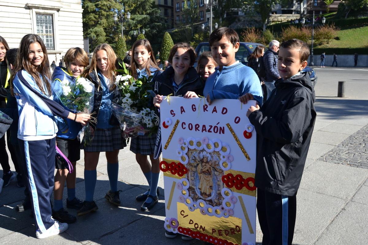 Ofrenda floral a Nuestra Señora de la Almudena 2017 46
