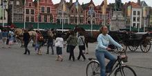 Vista de la Plaza Mayor o Markt Plein, Brujas, Bélgica