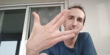 Reto emoji manos con música real
