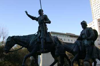 Monumento a Don quijote y Sancho Panza