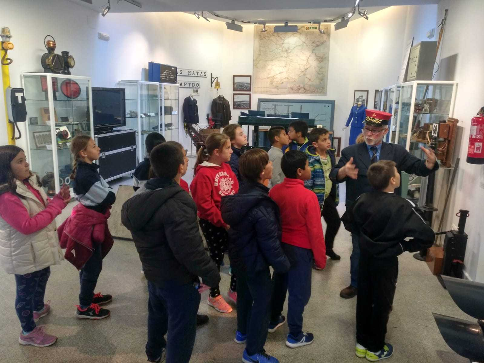 2019_03_15_Cuarto B visita el Museo del Ferrocarril de Las Matas_CEIP FDLR_Las Rozas 11