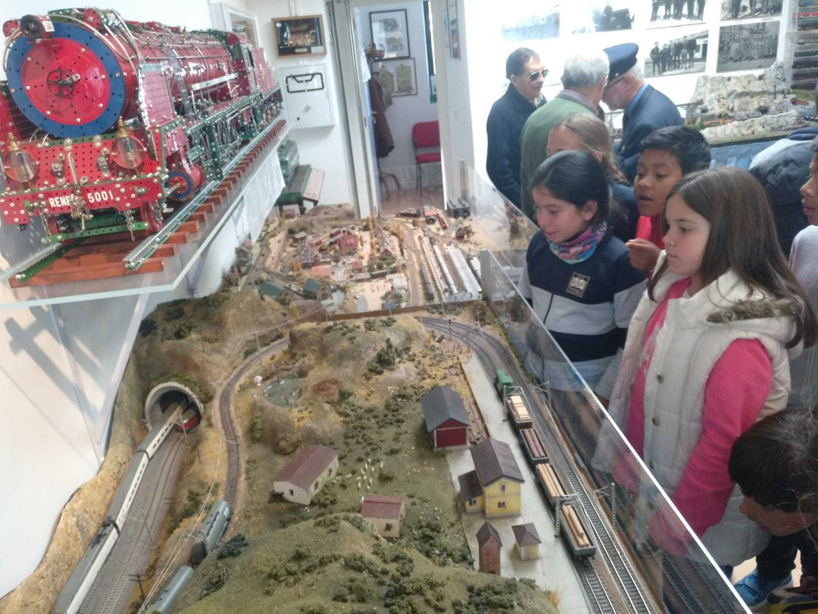 2019_03_15_Cuarto B visita el Museo del Ferrocarril de Las Matas_CEIP FDLR_Las Rozas 10