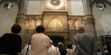 Grupo de turistas en el Duomo, Florencia