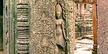 Detalle de columna en Angkor, Camboya