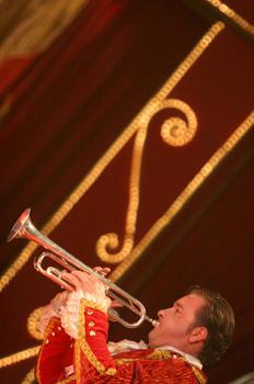 Tocando la trompeta