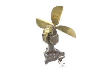 Ventilador con motor universal