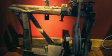 Banco con torno para la fabricación de gaitas, Museo de la Gaita