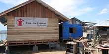Ayuda humanitaria, Campamento de pescado, Alunaga, Sumatra, Indo