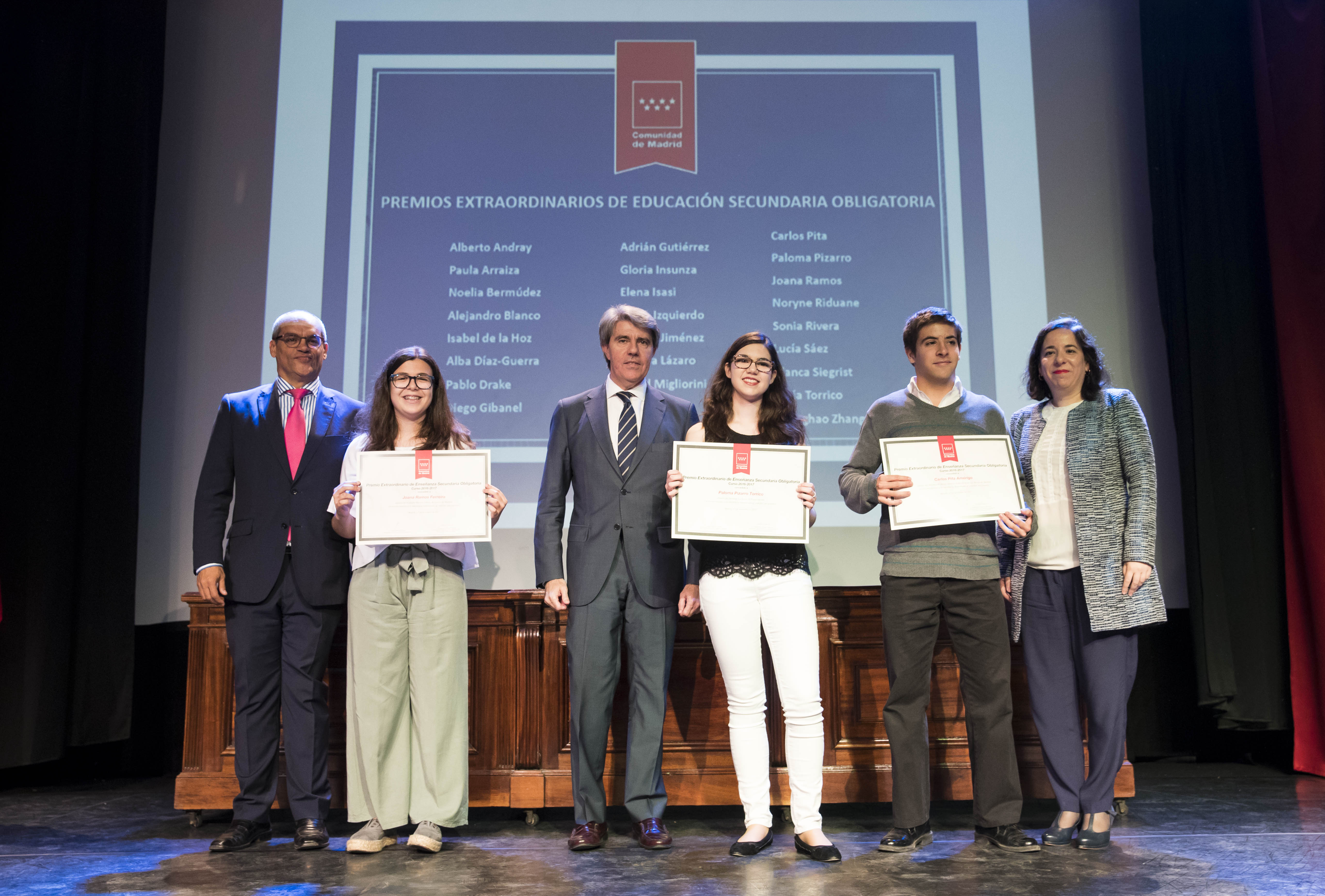 Entrega de los premios extraordinarios correspondientes al curso 2016/2017 3