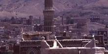 Minarete en la ciudad vieja de Sanaa, Yemen