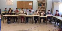 "Alumnos de 5º instrumentando ""Shape of you"", de Ed Sheeran, en clase de Música."