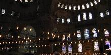 Sala principal de la Mezquita Azul, Estambul, Turquía