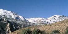 Pico del águila nevado, Huesca