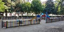 La pandemia en los parques infantiles2 4