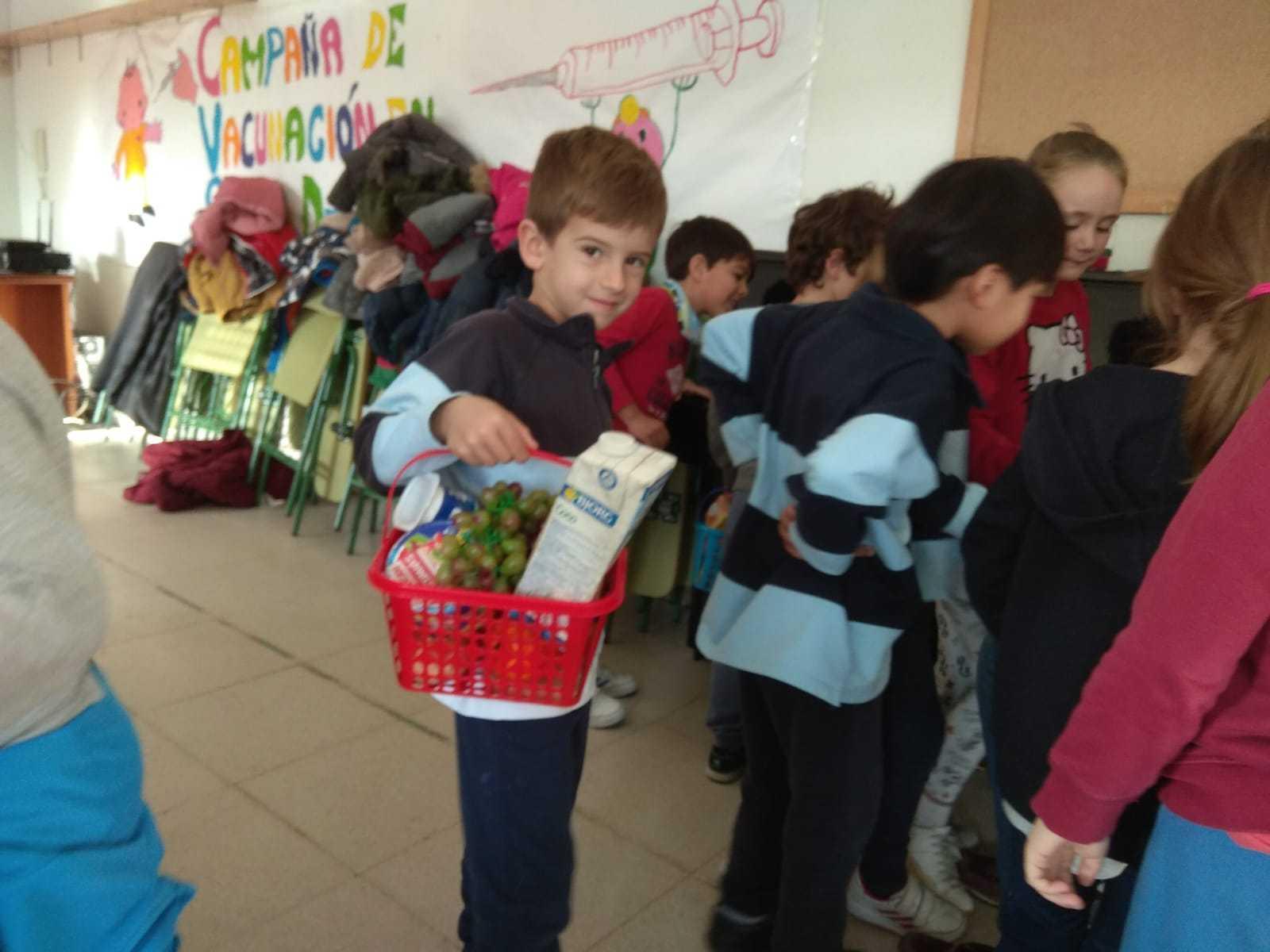 2018_11_Primero realiza el taller de Consumo del Ayto_CEIP FDLR_Las Rozas