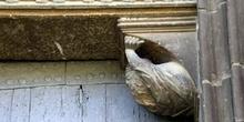 Detalle de la puerta de la Iglesia del Santo Sepulcro, Estella,