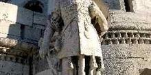 Estatua en el Bastión de los Pescadores, Budapest, Hungría
