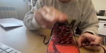 Cabuyería en casa: Un nudo de zapatillas original.