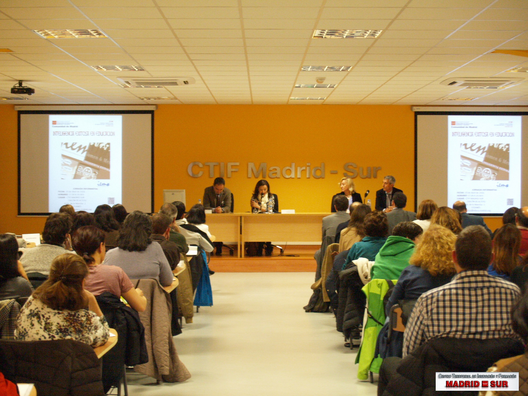 """Presentación de la jornada """"Inteligencia exitosa en educación"""""""