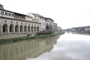 El Arno desde el Ponte Vecchio, Florencia