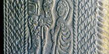 Detalle medio de la jamba de la iglesia de San Miguel de Lillo,