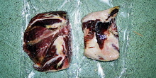 Trozos de jamón envasados