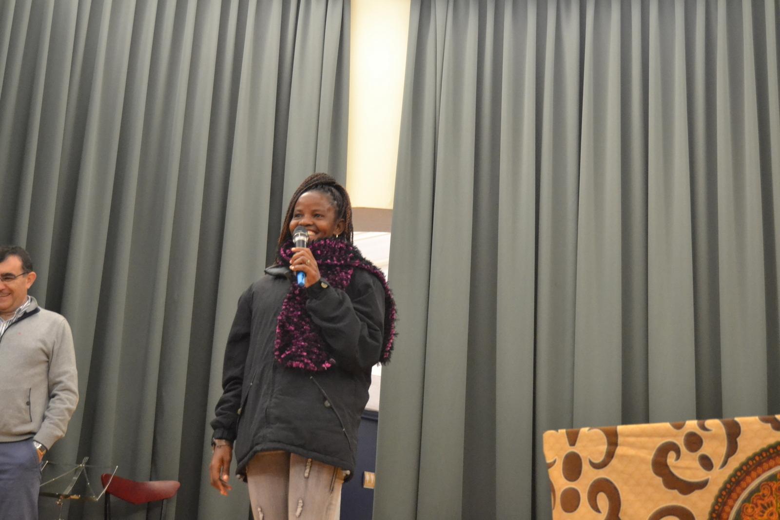 Bienvenida a Susan (profesora de Angola) 30