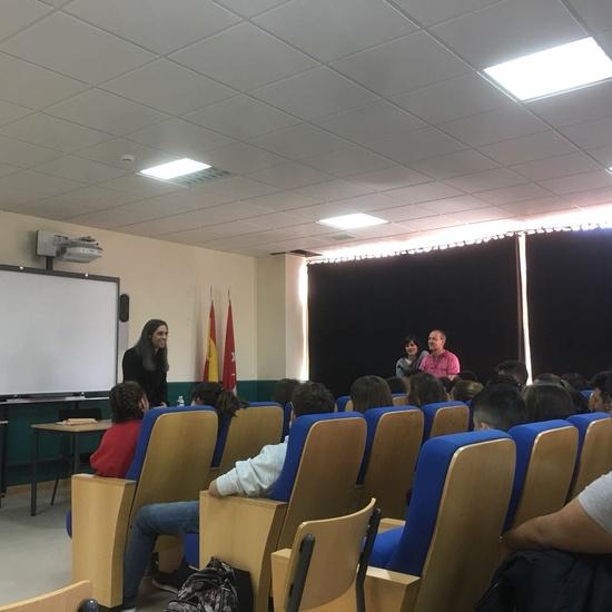 Álvaro Tato - Encuentro con los actores del IES Nicolás Copérnico 1