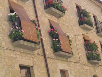Detalle fachada en Sos del Rey Católico, Zaragoza