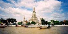 Wat Arun y Chao Phraya River, Bangkok, Tailandia